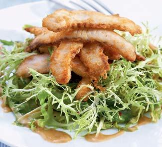Рецепт Салат фризе с жареной рыбой и заправкой из лимона