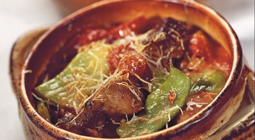 Рецепт Свинина с овощами в горшочках
