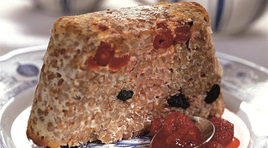 Рецепт Гречневик с изюмом и вишней
