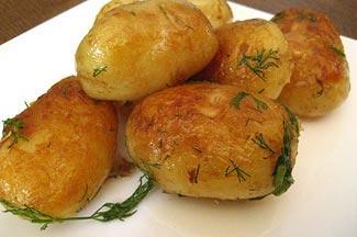 Рецепт Картофель, обжаренный в кастрюле с чесноком и укропом