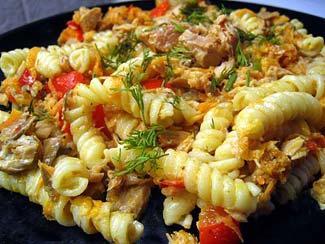 Рецепт Паста с лососем горячего копчения