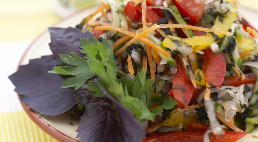 Рецепт Салат с морской капустой и болгарским перцем