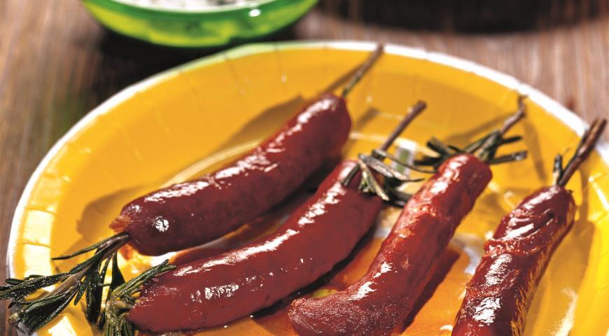Рецепт Колбаски на веточках розмарина