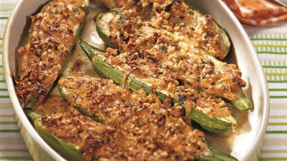 Кабачки в орехово-мятном соусе