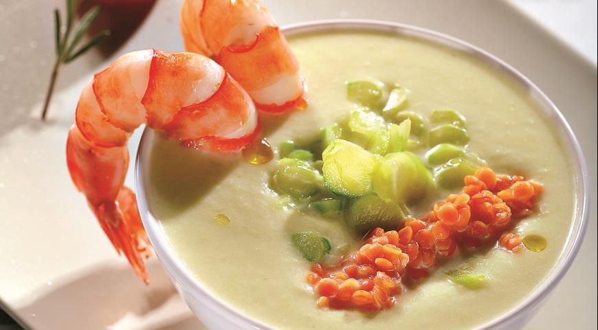 Рецепт Суп-пюре из спаржи с красной чечевицей и креветками