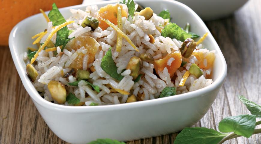Рецепт Рисовый салат с фисташками и мятой