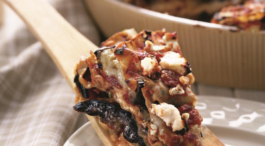 Рецепт Слоеный пирог из лаваша с баклажанами и брынзой