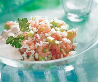Рецепт Салат из риса с креветками и сельдереем