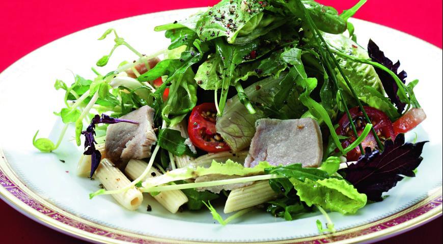 Рецепт Салат из пенне с тунцом