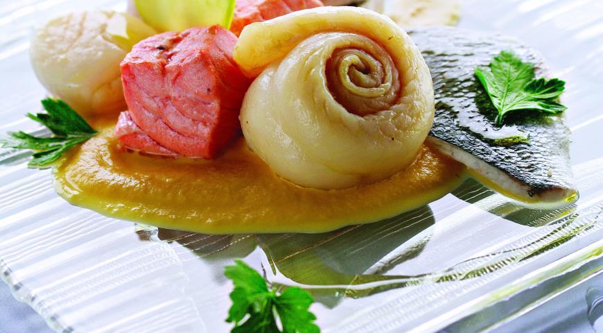 Рецепт Плато из рыбы и морепродуктов с соусом из яблок