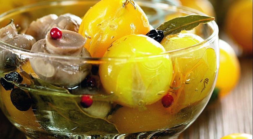 Рецепт Черри, маринованные с шампиньонами