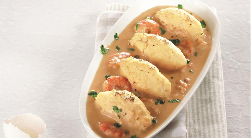 Рецепт Кнели из щуки под соусом нантуа с креветками
