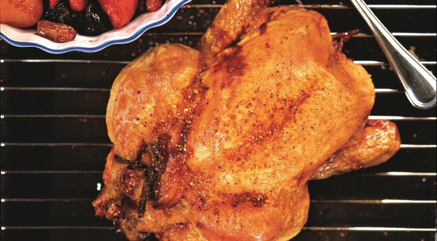 Рецепт Запеченная курица с сухофруктами и карамелью