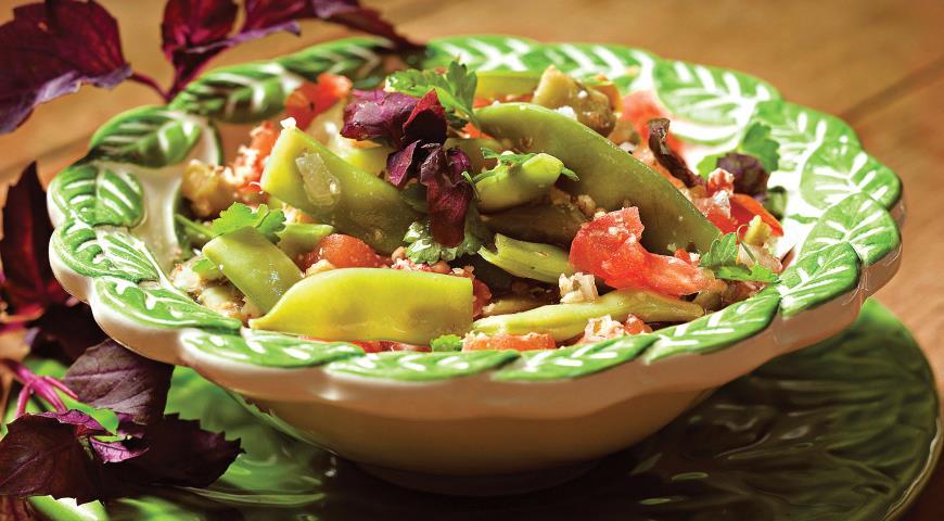 Рецепт Зеленое лобио с помидорами и орехами