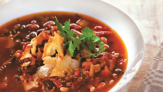 Куриный суп с тыквой, фасолью, сельдереем и томатами: для сытного обеда новые фото