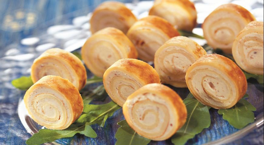 Рецепт Блинчатый рулет с селедочным маслом