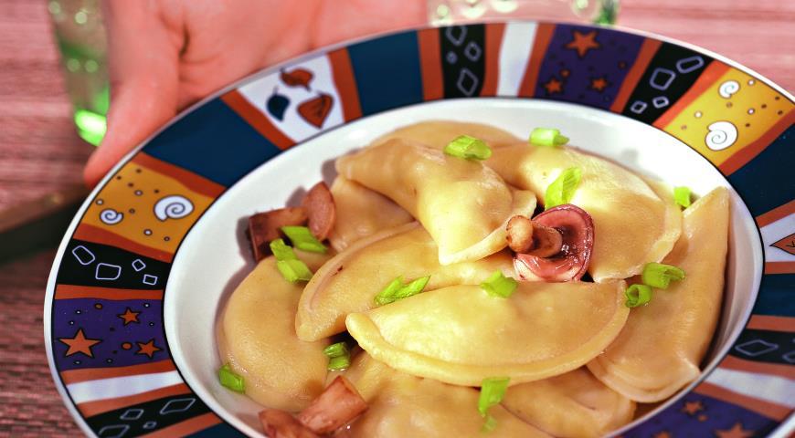 Рецепт Пельмени с маринованными грибами