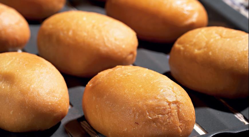 Рецепт Пирожки с квашеной капустой и утиными шкварками