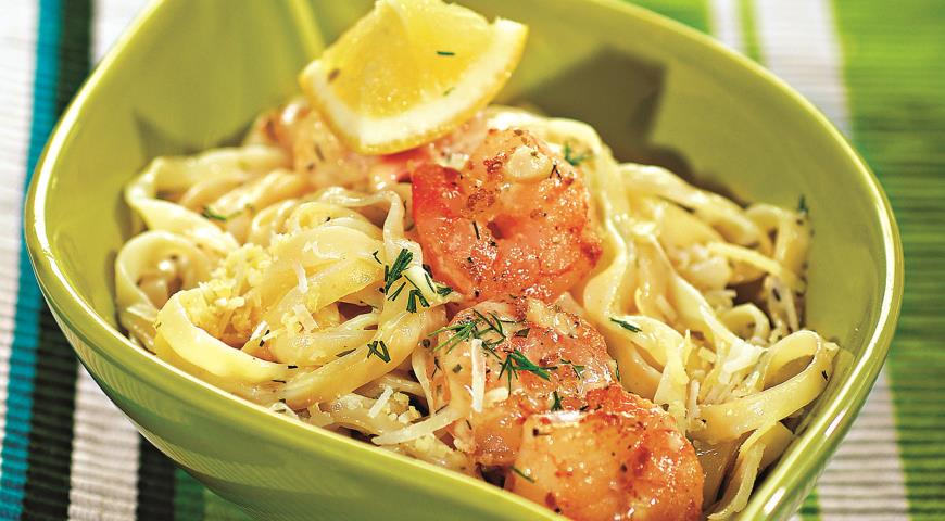 Рецепт Лапша с креветками в сливочном соусе