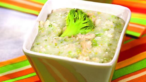 Рисовая каша с филе индейки и брокколи