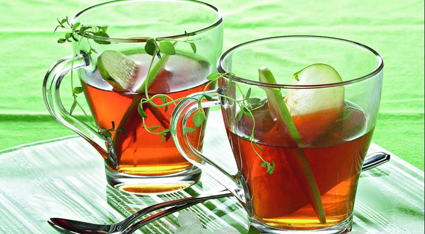 Рецепт Чай с яблоками и тимьяном