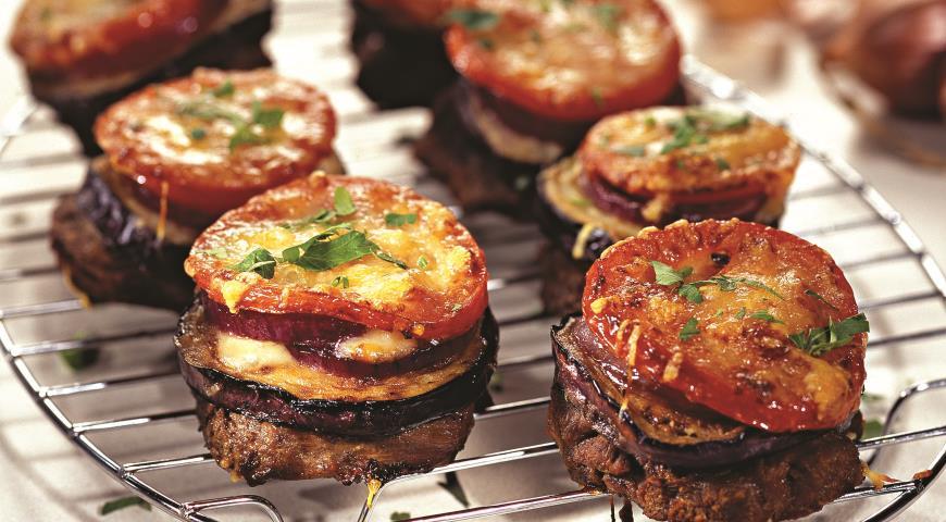 Рецепт Баранина с баклажанами и помидорами