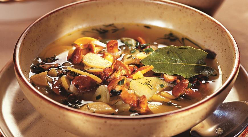 Рецепт Суп из лисичек с репой