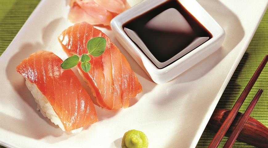 Рецепт Нигири-суши с малосольным лососем