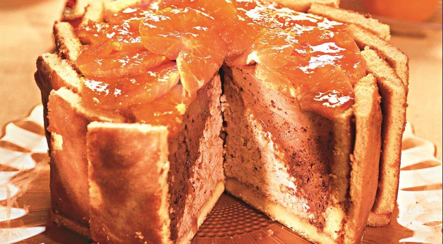 Рецепт Двухцветный сливочный торт с мандаринами и миндалем
