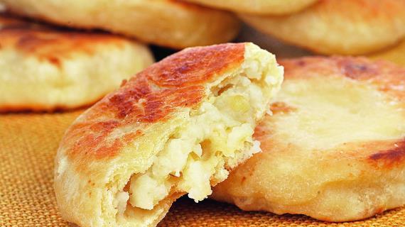 Оладьи на кефире с картофелем