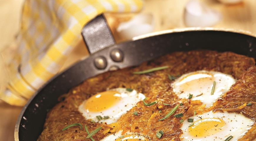 Рецепт Яичница-глазунья на картофеле