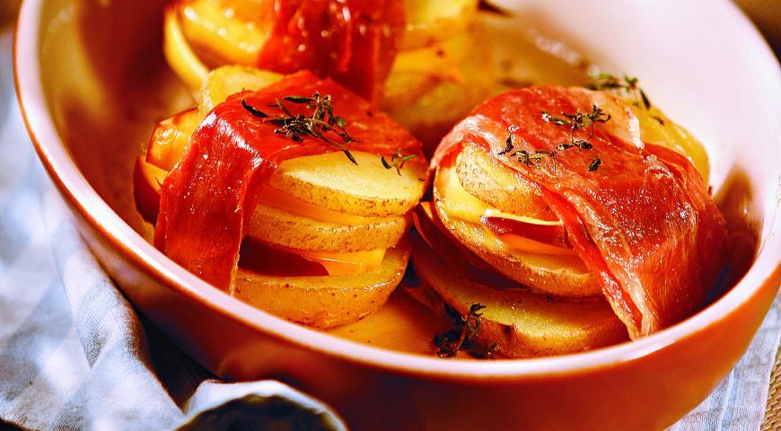 Рецепт Картофельные сэндвичи с копченым сыром и ветчиной
