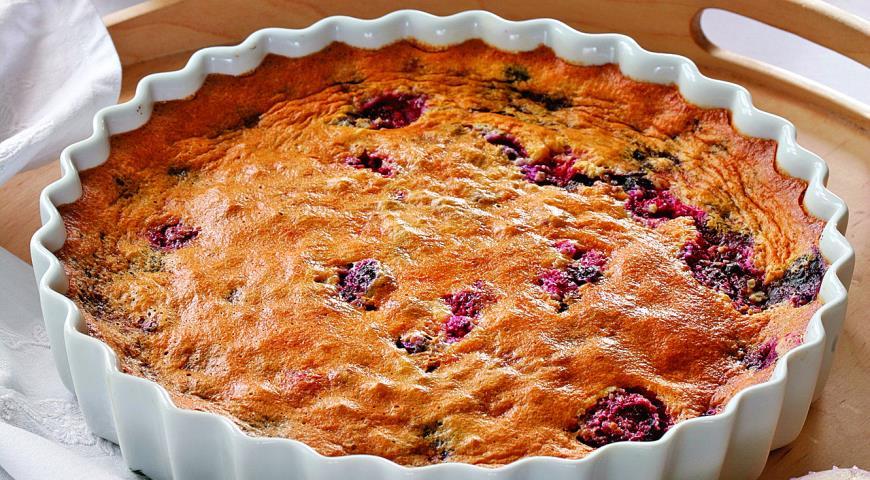 Рецепт Ягодный пирог с миндалем