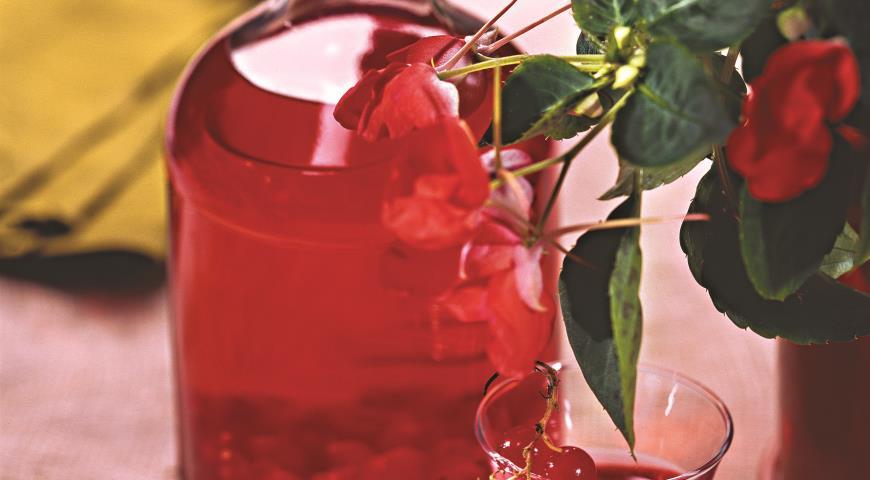 Рецепт Настойка на красной смородине