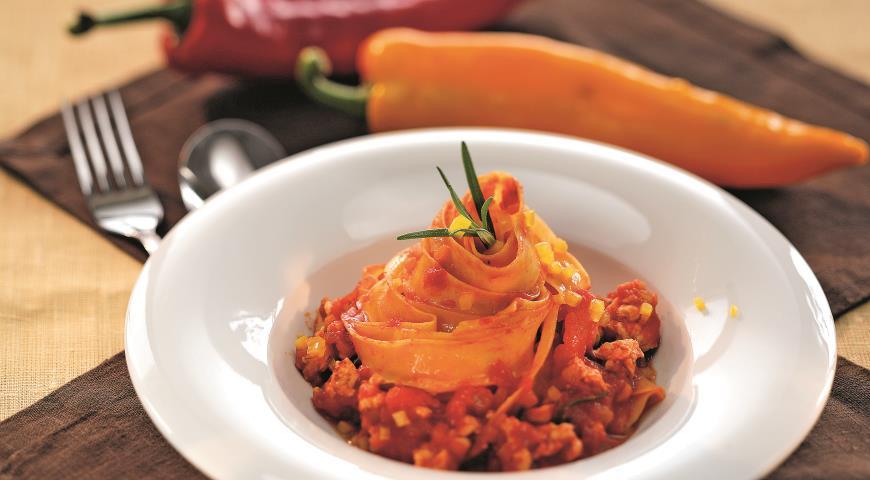 """Рецепт Паста со сладким перцем и курицей """"алла болоньезе"""""""