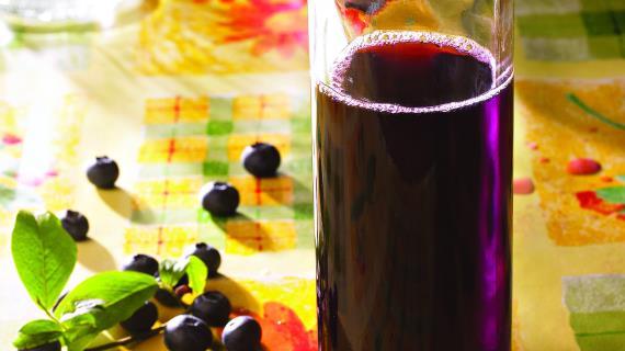 Как сделать вино с голубикой