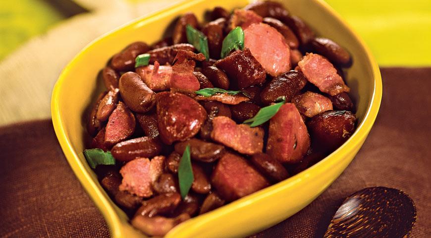 Рецепт Красная фасоль с домашними колбасками