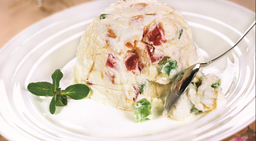 Рецепт Замороженный сливочный десерт с цукатами