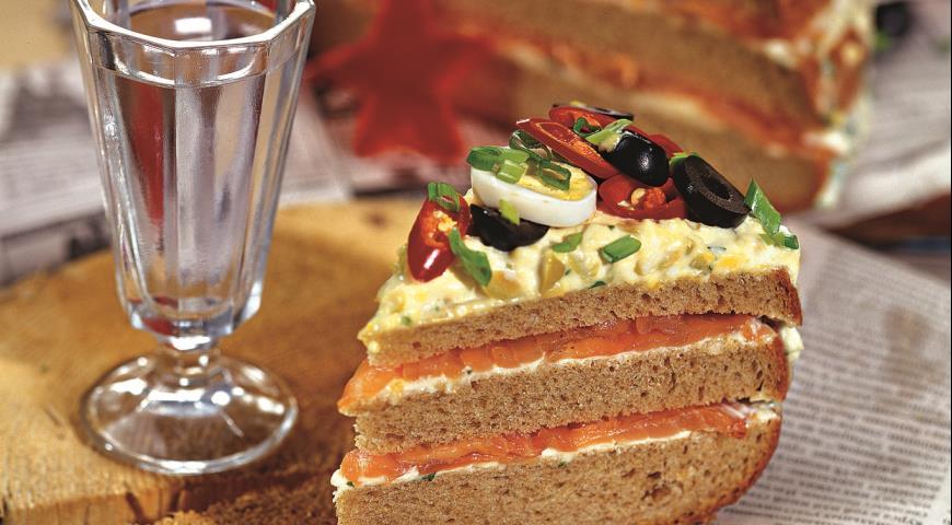 Рецепт Закусочный торт для мужчин