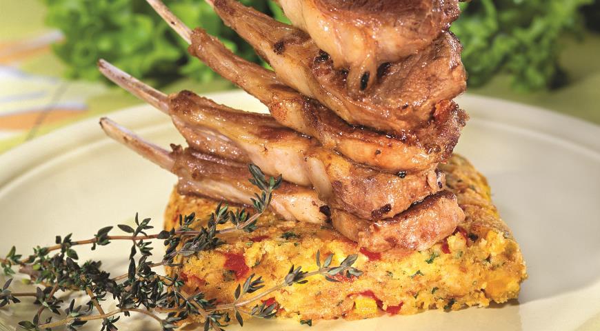 Рецепт Бараньи ребрышки с галетами из хлеба и овощей