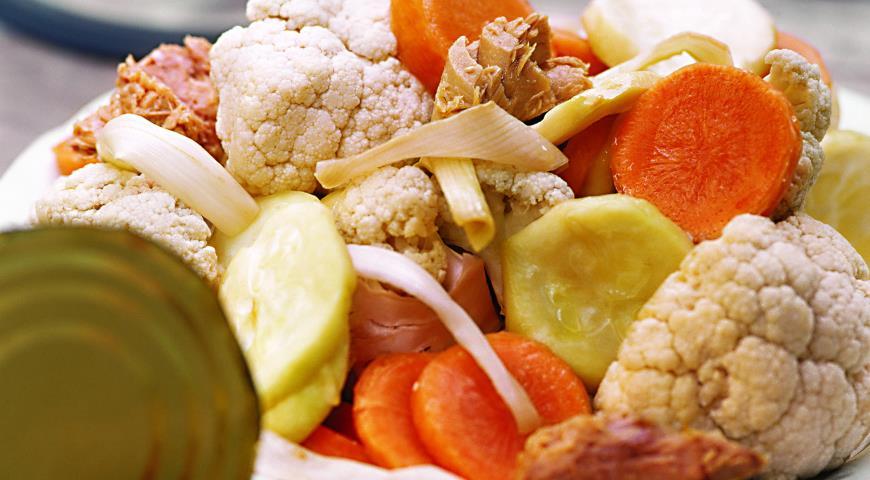 Рецепт Паровые овощи с соусом из тунца