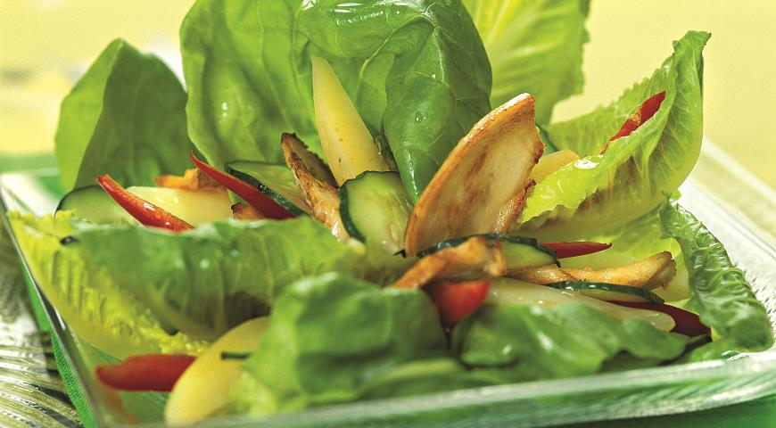 Рецепт Теплый куриный салат со сладким перцем
