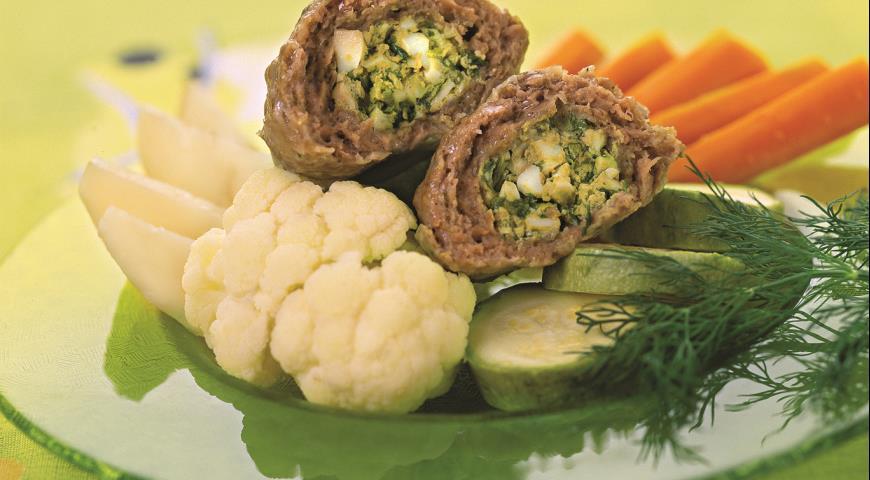 Рецепт Зразы из телятины с овощами на пару