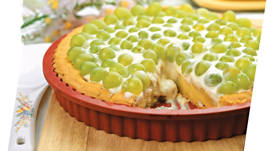 Рецепт Миндальный торт с виноградом