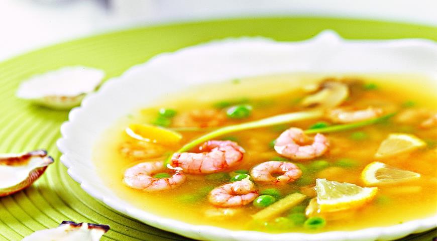 Картинки по запросу Суп с морепродуктами и грибами на курином бульоне