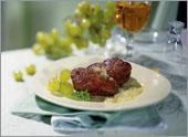 Рецепт Телячья печенка с белым виноградом и мускатом