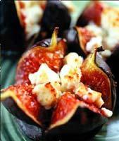 Рецепт Свежий инжир, запеченный с творогом и медом