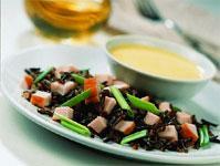 Рецепт Салат из дикого риса и копченой курицы