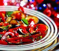 Рецепт Салат из маринованных баклажанов и сладкого перца