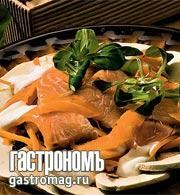 Рецепт Салат из свежих шампиньонов и копченого лосося